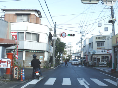 美濃鮨付近の交差点